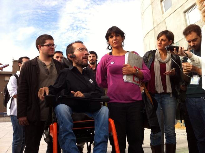 Los eurodiputados de Podemos Pablo Echenique, Teresa Rodríguez y Lola...