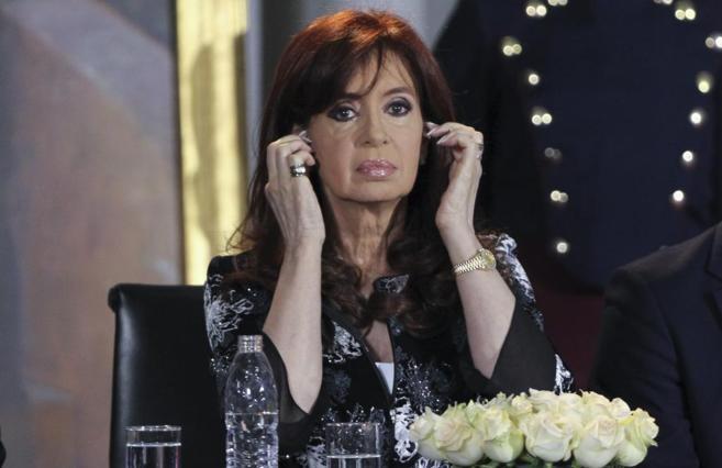 La presidenta argentina, Cristina Fernández, participa en la...