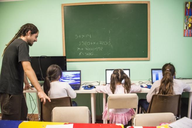 El centro garantiza una intervención socioeducativa para muchos...