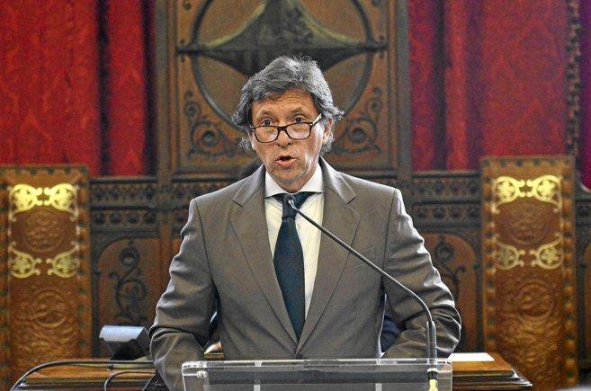 Isern durante su discurso en el Debate del Estado de la ciudad en...