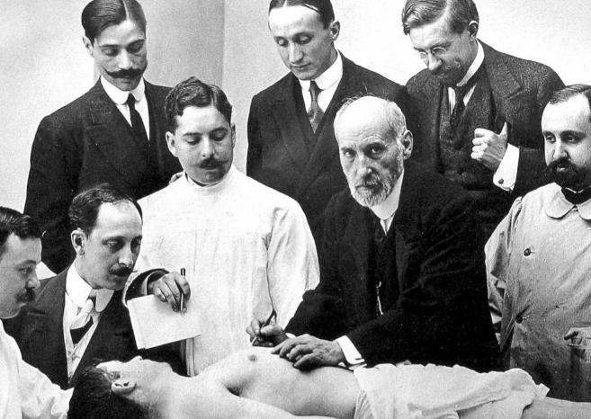 Lección de anatomía impartida por Ramón y Cajal.