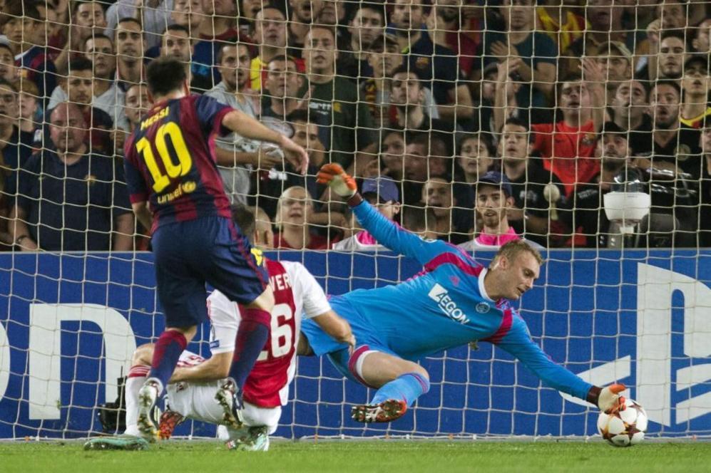Leo Messi en la acción del segundo gol ante el Ajax.