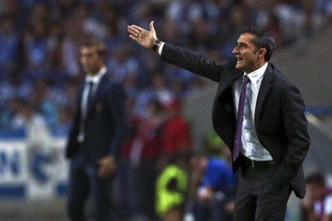 Ernesto Valverde, en la banda de Do Dragao.