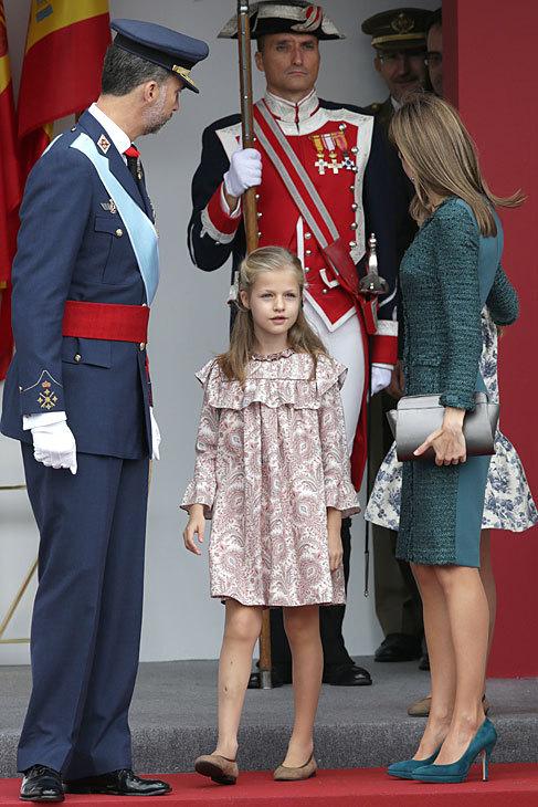 El 12 de octubre Sofía y Leonor acompañaron a sus padres en la...