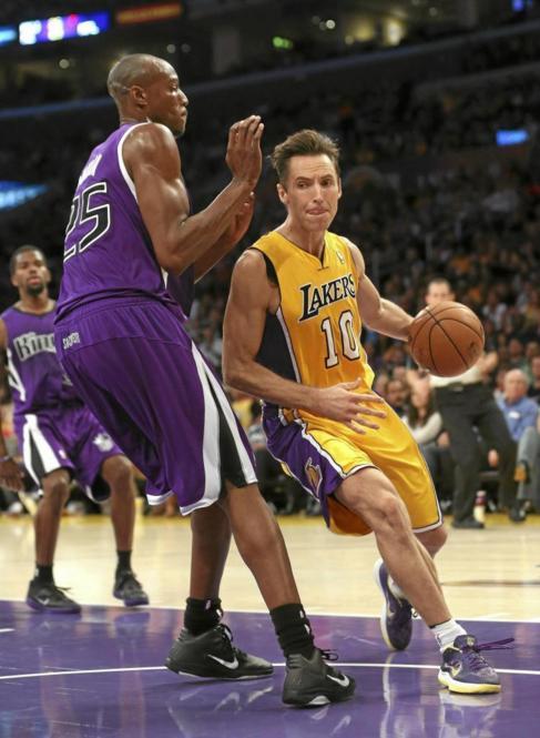Nash, durante una de sus tres temporadas en Lakers.