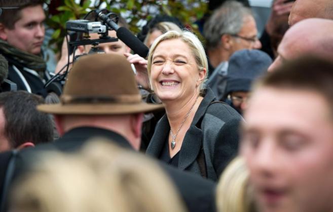 Marine Le Pen, en Calais.