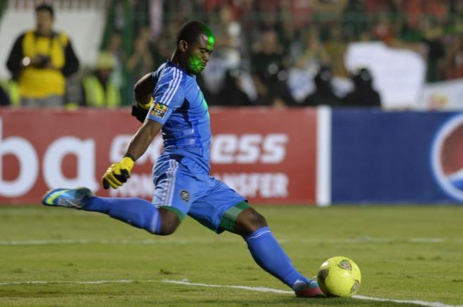 Senzo Meyiwa en un partido de la Liga de Campeones de noviembre de...