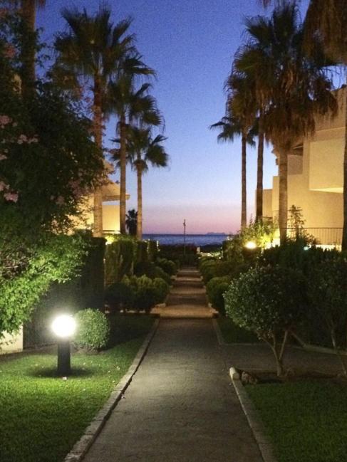 Urbanización de Marbella donde Granados y Marjaliza han comprado una...