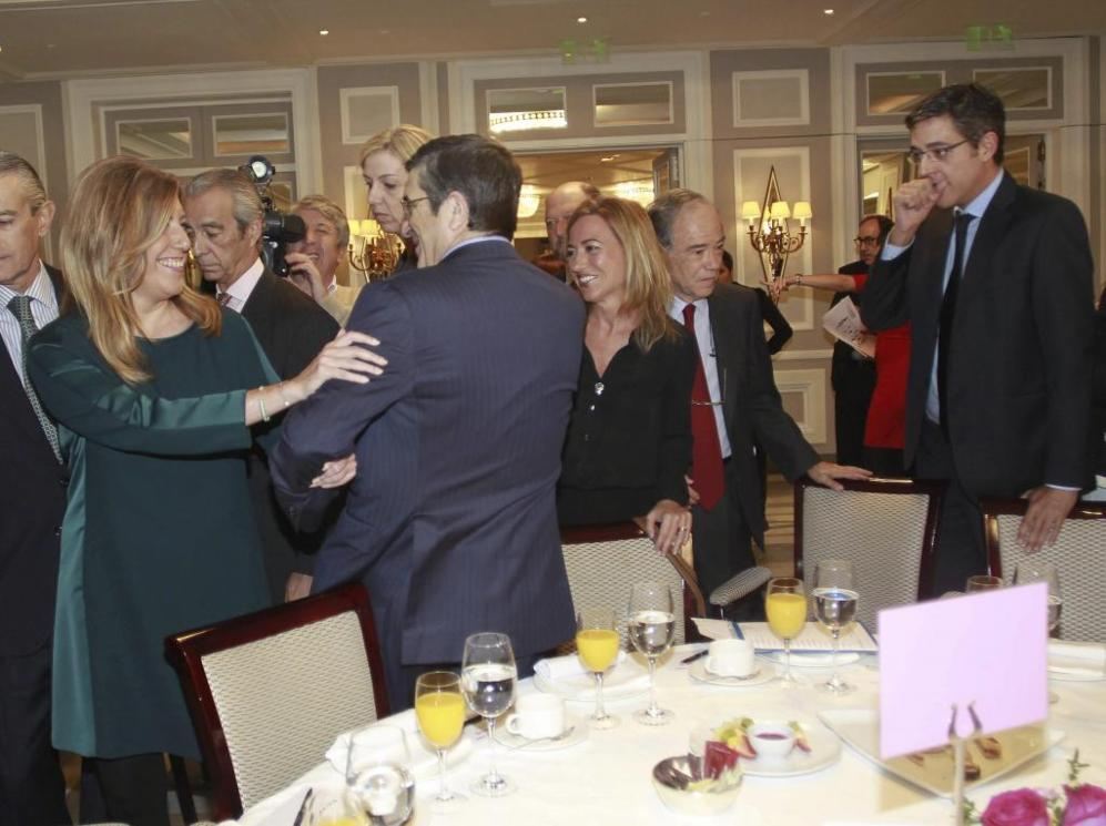 Susana Díaz, junto a Patxi López, Carme Chacón y Eduardo Madina, en...
