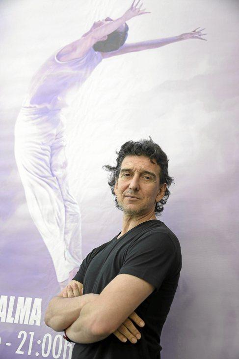 El director del Ballet Nacional Sodre de Uruguay, Julio Bocca, ayer en...