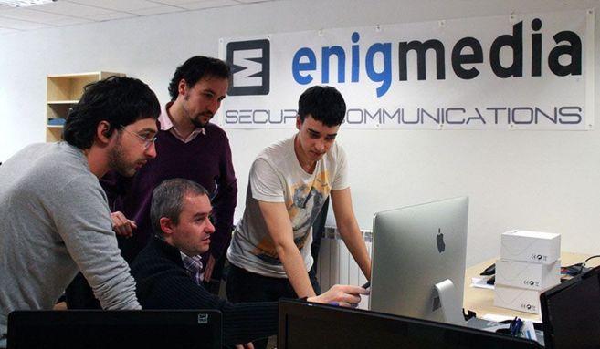 El equipo de Enigmedia en las oficinas de la empresa.
