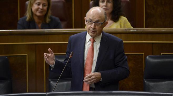 Imagen de archivo de Cristóbal Montor, ministro de Hacienda, en el...