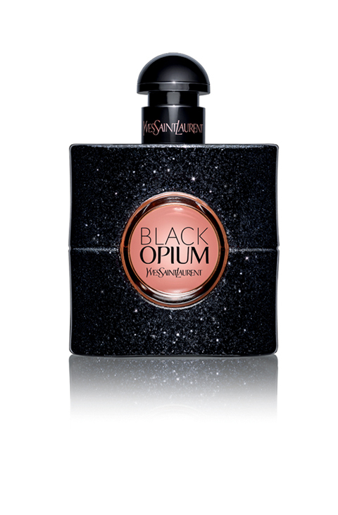 1. 'Black Opium', de Yves Saint Laurent (90 ml, 104, 50 euros). Una...