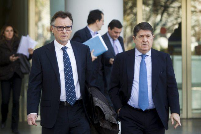 El ex presidente de la Generalitat y de Bancaja, José Luis Olivas,...