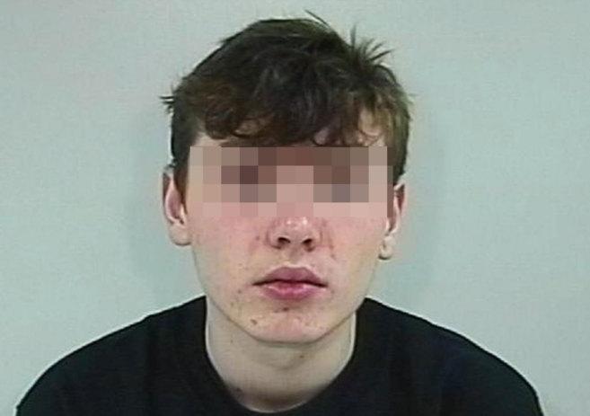 Foto de la ficha policial de Will Cornick, el joven de 16 años que...