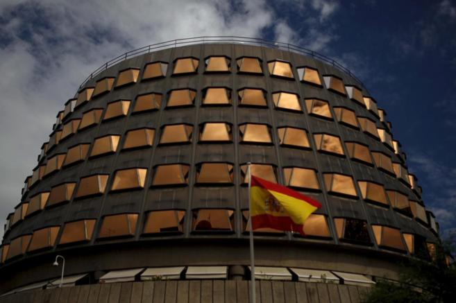 La sede del Tribunal Constitucional, que ha adoptado la suspensión de...