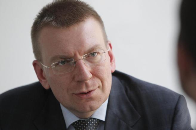 El ministro de Exteriores letón, Edgars Rinkevics, durante una...