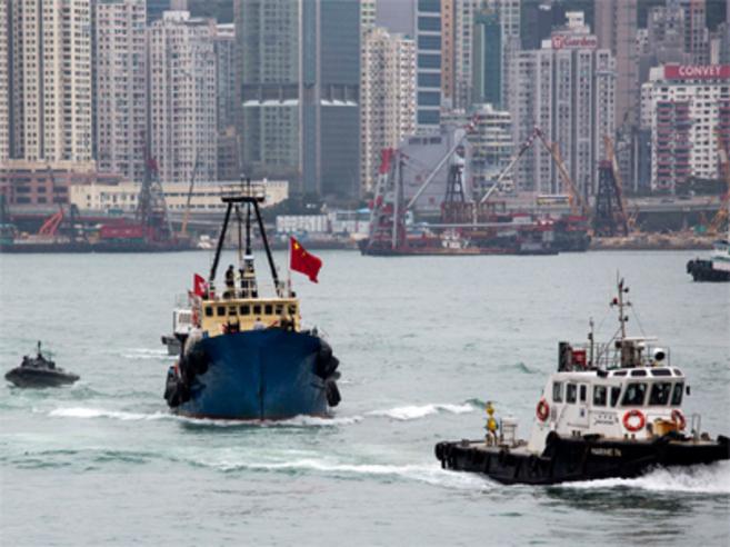 La Policía china detiene a un pesquero de Hong Kong al intentar...