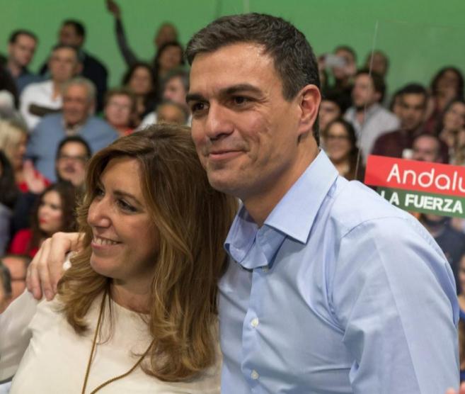 Pedro Sánchez y Susasa Díaz, en el acto celebrado en Sevilla.