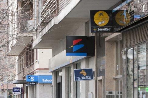 Oficinas bancarias y de diferentes entidades financieras en una misma...