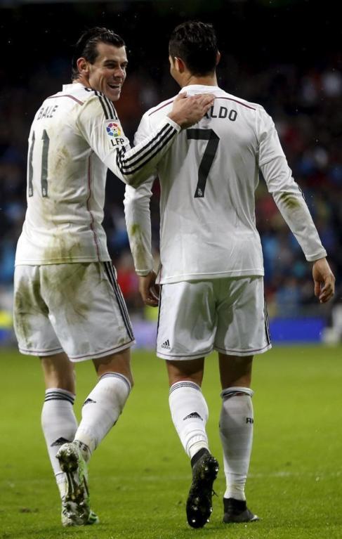 Bale y Cristiano celebran un gol ante el Rayo Vallecano.