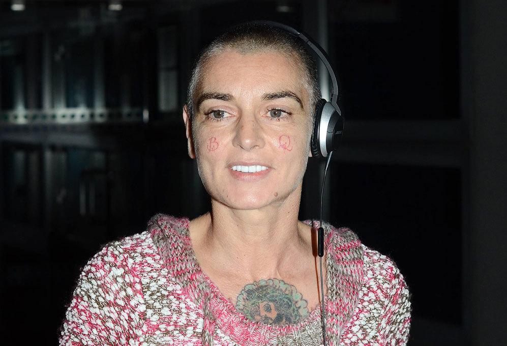 Sinéad O'Connor. En 2012, la cantante Sinéad O'Connor (47) tuvo que...