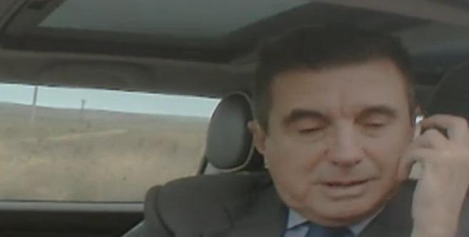 El ex president atiende a los reporteros de 'El programa de Ana...