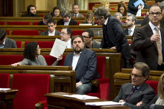 El lider de ERC Oriol Junqueras y su mano derecha Marta Rovira en...