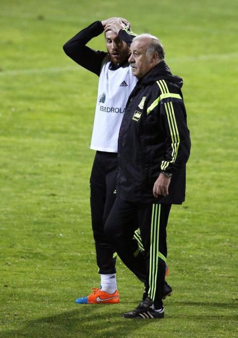 Ramos, junto a Del Bosque, en un entrenamiento.