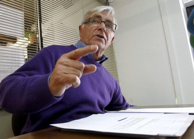 El portavoz local de Compromís, Joan Ribó, en una comparecencia.