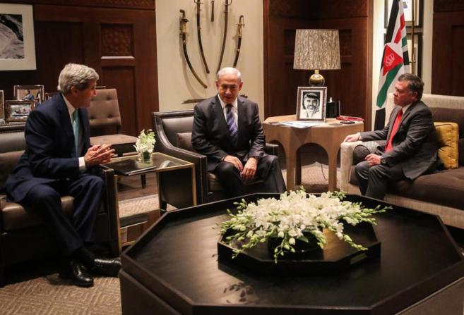 John Kerry, el rey Abdalá II de Jordania y Benjamin Netanyahu,...