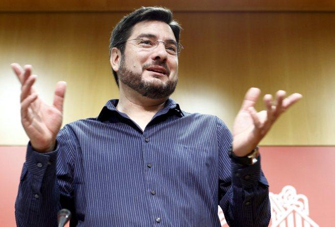 El candidato de Esquerra Unida a la Generalitat, Ignacio Blanco, en...