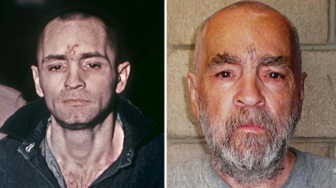 A la izquierda Manson durante su juicio en 1971 y a la derecha en una...