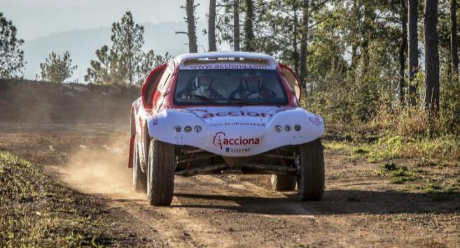 El coche desarrollado por Acciona para competir en el Rally Dakar.