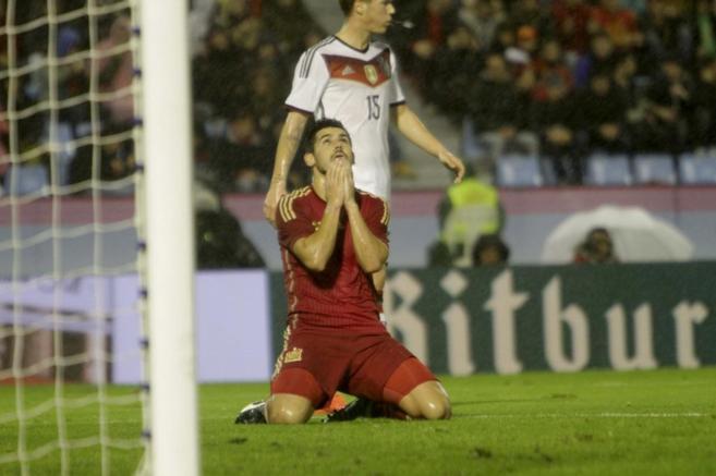 Nolito se lamenta tras fallar una ocasión ante Alemania.