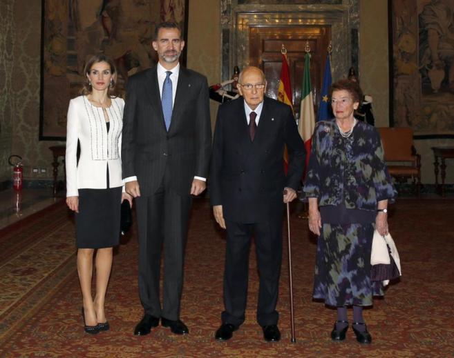 Los Reyes, junto al presidente de la República italiana, Giorgio...