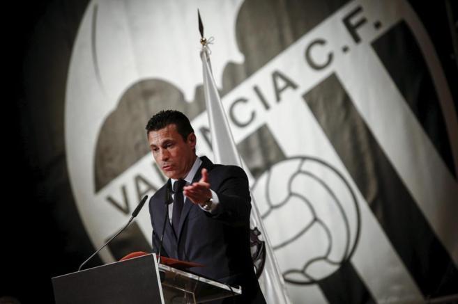 Amadeo Salvo, durante la Junta General de accionistas del Valencia CF.