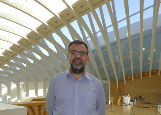 Ricardo Baeza-Yates en su visita al Emtech.