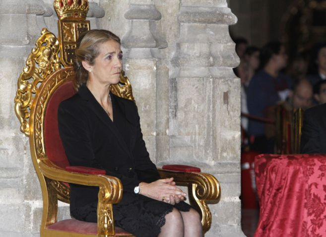 La Infanta Elena, hoy en el funeral por la duquesa de Alba.