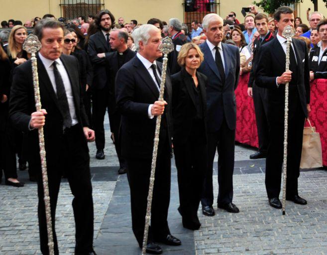 El viudo y los hijos de la duquesa Carlos, Eugenia, Fernando y...
