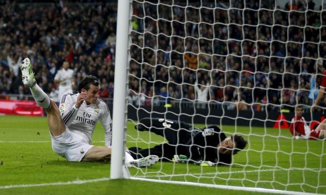 Bale, del Real Madrid, marca un gol ante el Rayo Vallecano.