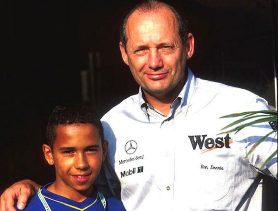 A los diez años (1995) conoció a Ron Dennis, su gran mentor. Se...