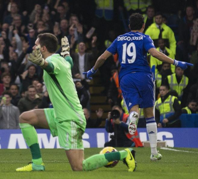 Diego Costa celebra el gol al West Brom.
