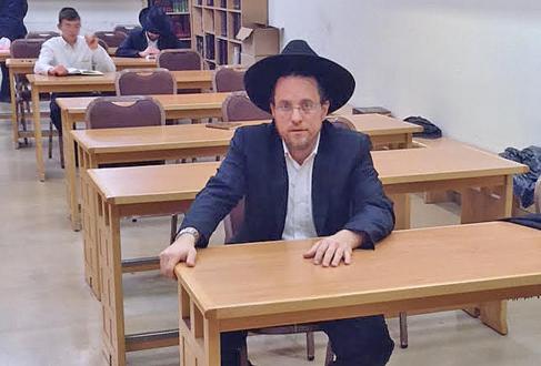 Daniel Avram, casado con una melillense, pertenece a la comunidad...