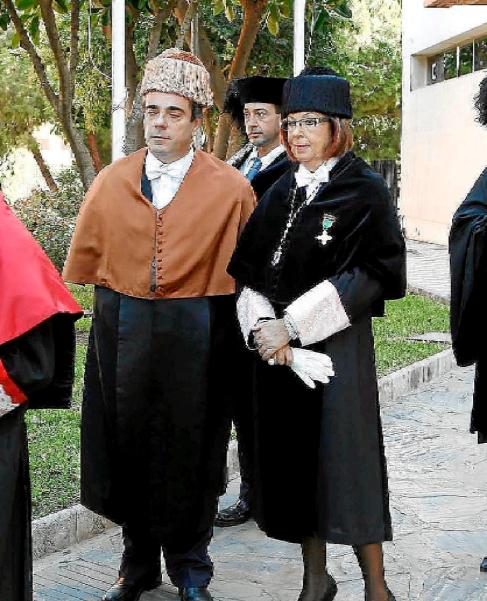 Francisco Triguero y la rectora de la Universidad de Málaga.