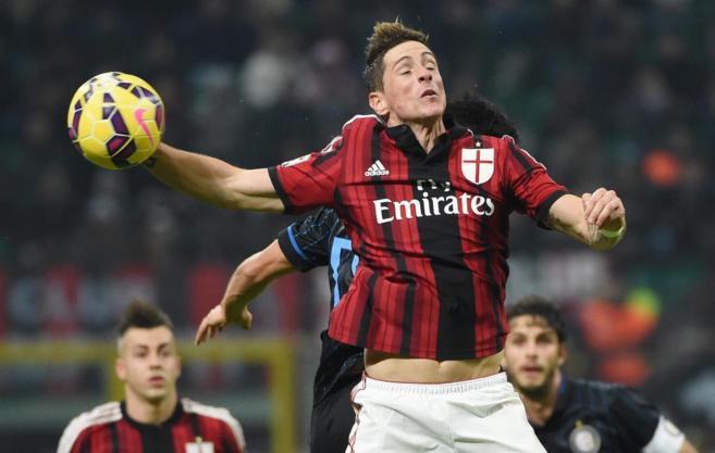 Torres, en una acción contra el Inter.