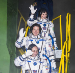 Los astronautas, antes de partir hacia la EEI.