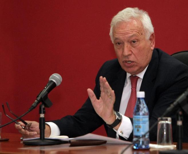 Margallo, durante su conferencia en el Instituto Superior de...