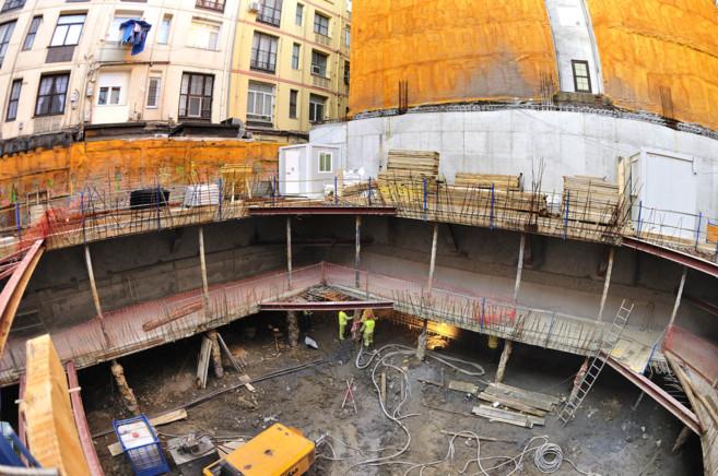 Construcción de un bloque de viviendas en Bilbao.
