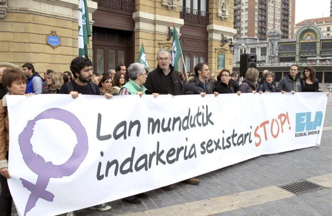 Concentración convocada por el sindicato ELA, en Bilbao.